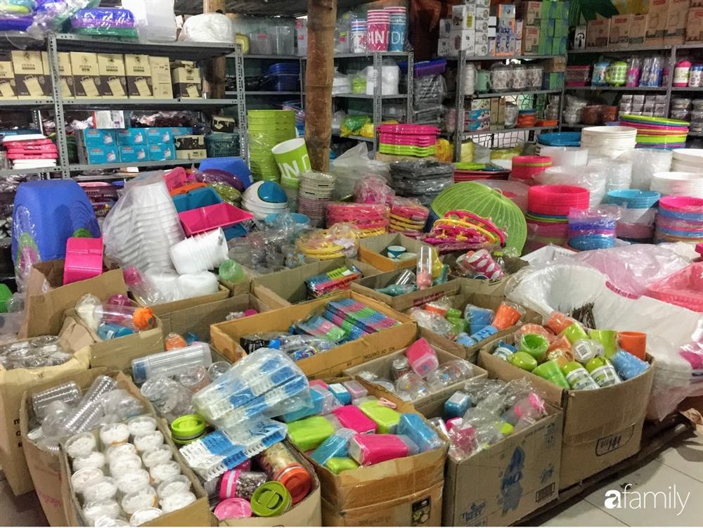 Thủ phủ hàng xách tay: Mua gì có đó, giá rẻ chỉ bằng 1/2 hàng nhập khẩu chính ngạch-11