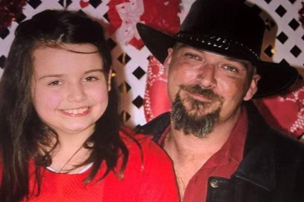Bé gái 12 tuổi đột ngột qua đời vì bị chấy cắn, cảnh sát bắt giữ bố mẹ đẻ và phát hiện việc làm động trời của họ 3 năm qua-5