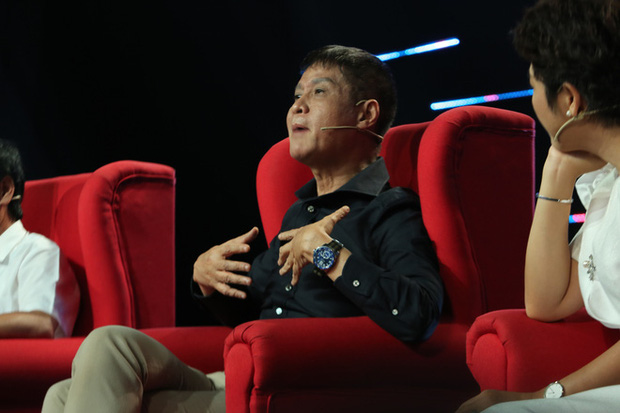 Quyền Linh chính thức lên tiếng khi bị chê không có kiến thức căn bản làm MC, đạo diễn Lê Hoàng phản ứng bất ngờ-2