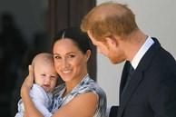 Vợ chồng Meghan Markle dính nghi án lừa dối công chúng liên quan đến sự chào đời của bé Archie và không muốn đón Giáng sinh cùng hoàng gia