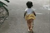 Em gái 3 tuổi chạy 2 tiếng mỗi ngày để cứu anh trai: Yêu anh trai là bản năng của em gái