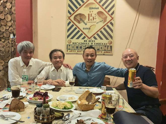 Sau 3 năm nghỉ hưu, cuộc sống của MC Lại Văn Sâm ra sao?-11