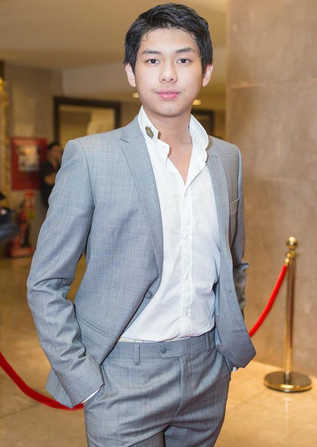 HOT: Con trai út tỷ phú Johnathan Hạnh Nguyễn hẹn hò bản sao Châu Bùi tại HHVN 2020 với rổ bằng chứng?-6