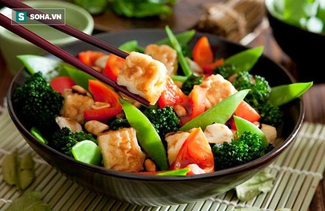 Nhiều người ăn kiêng vẫn bị gan nhiễm mỡ: Cách ăn sai lầm làm hại gan có thể bạn đang mắc-2