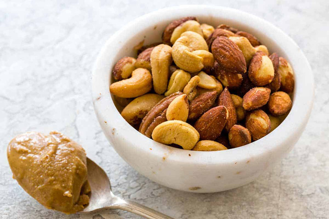 Nhiều người ăn kiêng vẫn bị gan nhiễm mỡ: Cách ăn sai lầm làm hại gan có thể bạn đang mắc-3