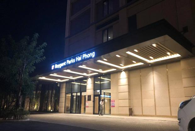 Phong tỏa một tầng khách sạn 5 sao ở Hải Phòng vì ca nghi nhiễm COVID-19-1
