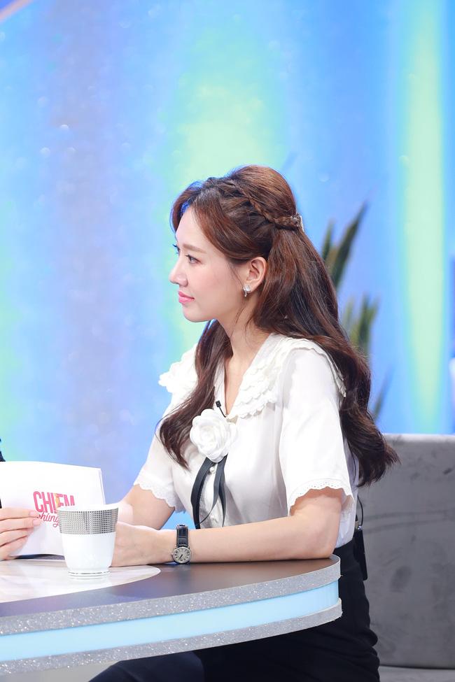 Hari Won gây choáng khi xác nhận Trấn Thành ở nhà giống như làm vợ-5
