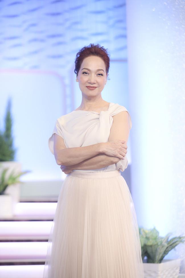 Hari Won gây choáng khi xác nhận Trấn Thành ở nhà giống như làm vợ-2