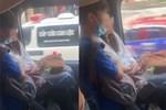 Đang lái xe nhưng cặp bạn trẻ vẫn có thể khoá môi khiến ai nhìn vào cùng phải cúi đầu chào thua-2