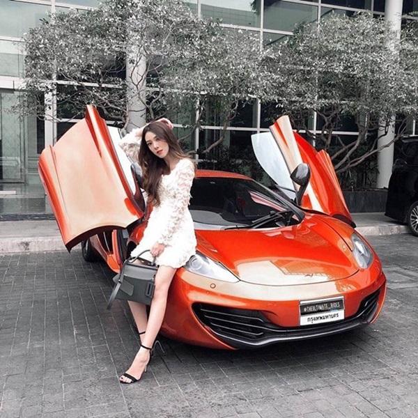 Tiểu thư nhà giàu cả nước biết tiếng, đổi ô tô như thay áo hút chú ý của dân mạng-6