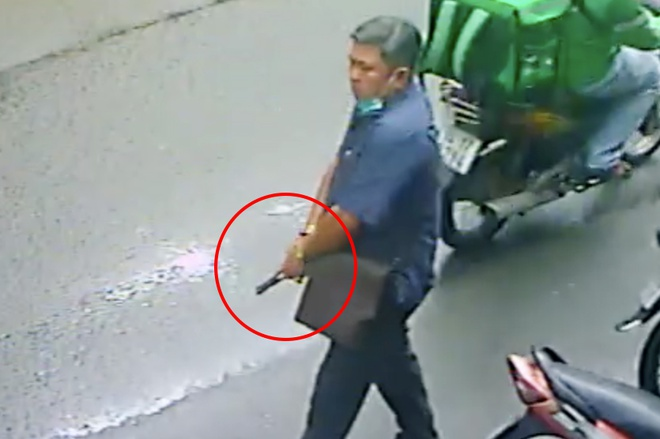 Dùng súng giả dọa hai phụ nữ ở TP.HCM-1