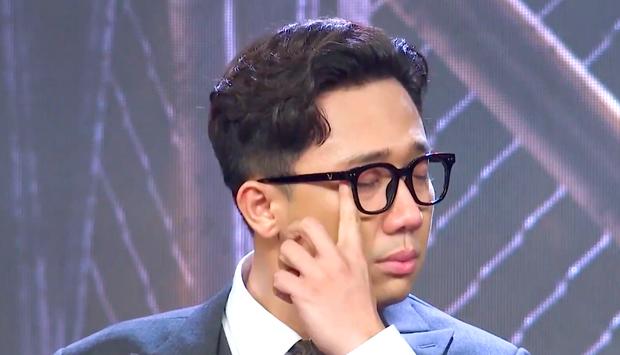 Những giọt nước mắt của Trấn Thành bị chỉ trích: Khán giả quá mệt mỏi vì drama và sướt mướt của Rap Việt?-2