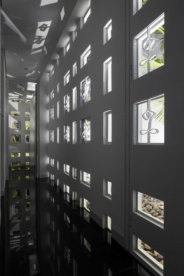 Ngôi nhà có 300 cửa sổ, gia chủ mỗi tháng chỉ tốn 200.000 đồng tiền điện-4