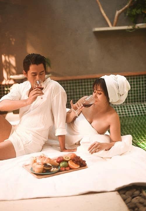Bộ ảnh cưới nóng bỏng của diễn viên Thảo Trang và chồng trẻ kém 9 tuổi-4
