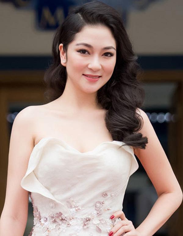Hoa hậu Nguyễn Thị Huyền giờ ra sao sau 16 năm đăng quang?-2