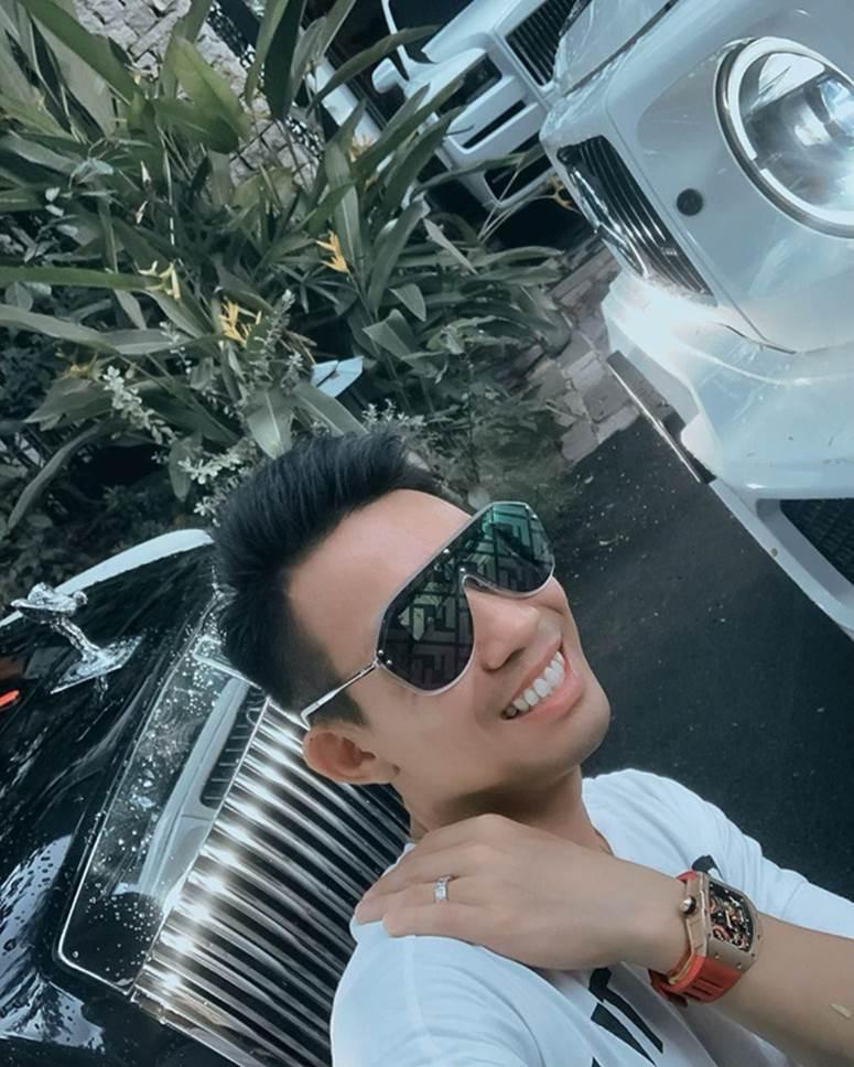 Cứ đà này Minh Nhựa sẽ debut rapper giàu nhất Việt Nam, đứng bên khối tài sản 100 tỷ gieo vần thì ai chơi lại-1
