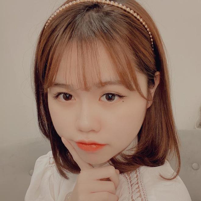 Huỳnh Anh chiếm spotlight khi đến sân cổ vũ Quang Hải, lộ gương mặt khác lạ không giống hình đăng Facebook-7