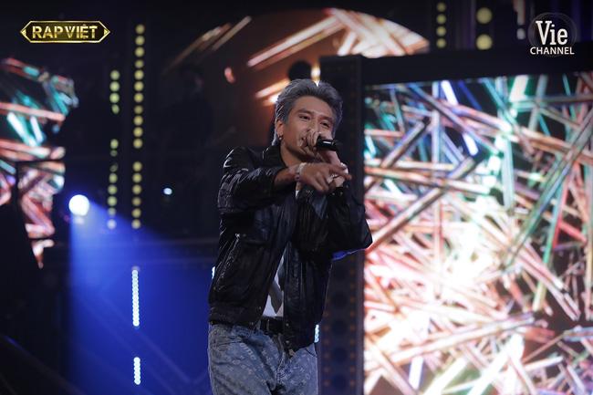 Rap Việt: Dế Choắt tiến thẳng chung kết, nhưng xuất sắc không kém là màn diss nhẹ của 16 Typh với Binz-3