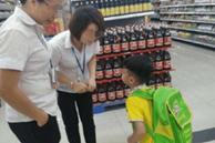 Con trai 6 tuổi mua một túi muối hết 100 nghìn, mẹ kéo đến siêu thị yêu cầu giải thích thì nhận được câu trả lời bất ngờ