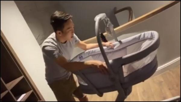 Lấy chồng đại gia như Đàm Thu Trang cũngthan nuôi con tốn tiền tã bỉm, Cường Đô La có ngay động thái đúng chuẩn ông bố của năm-3