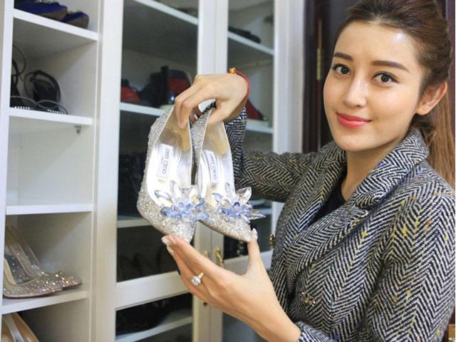 Matt Liu vừa ra mắt họ nhà gái, Hương Giang đã sắm ngay đôi giày cưới cổ tích gần 100 triệu, Vbiz chuẩn bị có thêm tin mừng?-8
