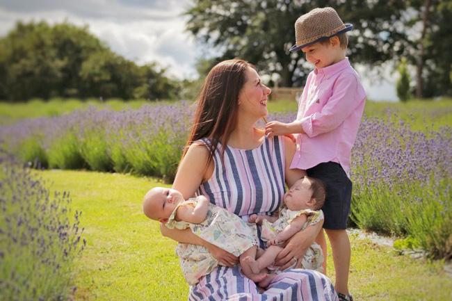 Vừa trao con cho bà mẹ mới sinh, bác sĩ đã phải cúi đầu xin lỗi vì một sai sót nghiêm trọng trong quá trình siêu âm-4