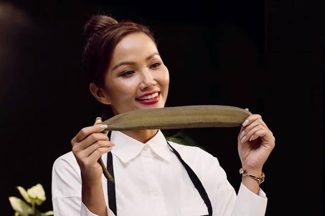 Chia tay rồi nhưng bạn trai vẫn khoái chí xem HHen Niê nấu ăn, còn khen ngon nức nở-3