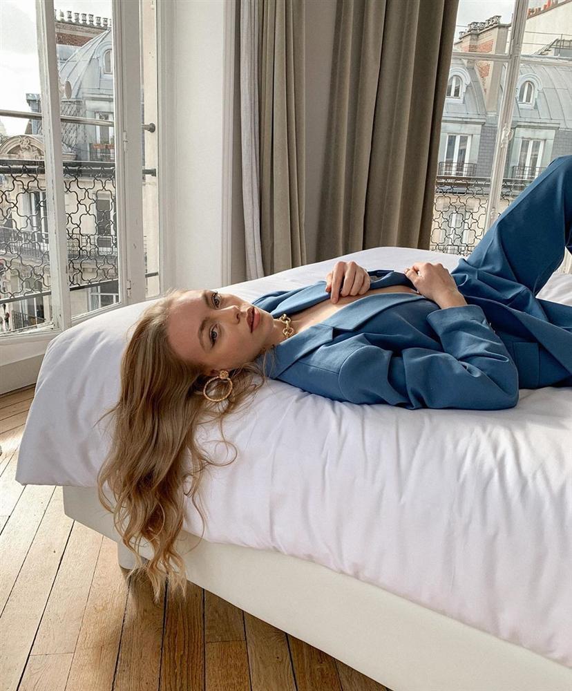 Nghe các quý cô Paris thị phạm 3 chiêu chọn blazer: Diện lên người là sang - xịn - mịn miễn bàn-7