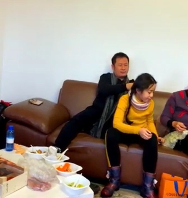 Con gái của Bằng Kiều: Tài năng đến mức Đàm Vĩnh Hưng cũng phải e dè, thành tích học tập cực giỏi và được bố dạy dỗ như này-4