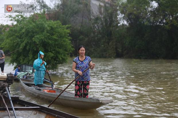 Người dân 5 ngày ăn cháo trắng kèm muối, đêm không dám ngủ trong trận lũ lịch sử ở Quảng Bình-14
