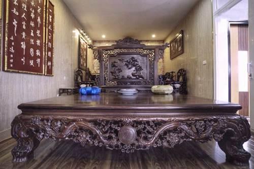 Choáng ngợp căn nhà nội thất toàn gỗ khắc nguyên khối tiền tỉ của đại gia Hà thành-2