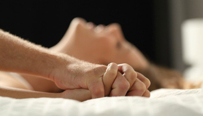 Chăm chỉ day bấm huyệt vị này cho chồng sẽ giúp cải thiện c-h-u-y-ệ-n-ấ-y vô biên-1