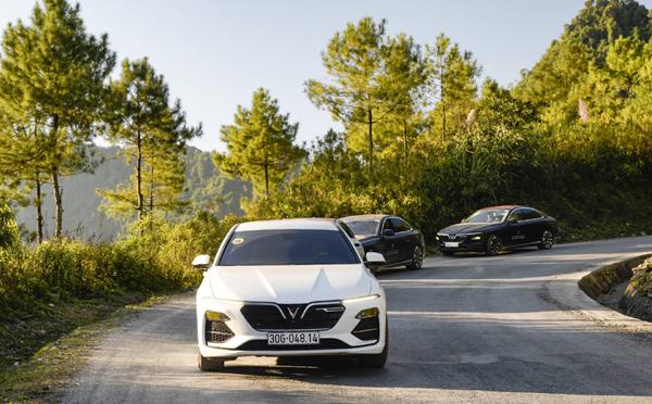 VinFast Lux A2.0 - sedan hạng sang đắt khách tháng 9-1