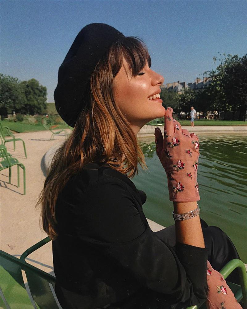 Rồi bạn cũng sẽ duyên dáng như một quý cô Paris, chỉ cần có trong tay 6 món đồ mùa lạnh đầy lãng mạn này-11