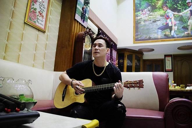 """Nam ca sĩ khiến cá sấu"""" Quỳnh Nga yêu thầm 2 năm ở nhà 200 tỷ, U40 vẫn chưa vợ-8"""