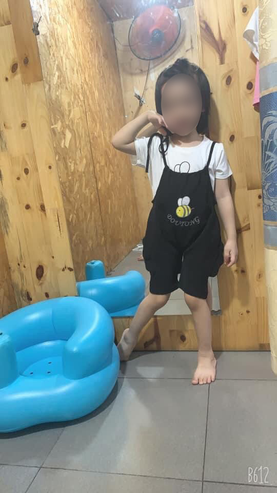 Học theo trò chơi treo cổ trên Youtube, bé gái 5 tuổi ở TP.HCM tử vong thương tâm-2