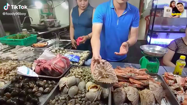 Dân Hà Nội xếp hàng thưởng thức món xe tăng lội nước, đắt hơn cả tôm hùm-3