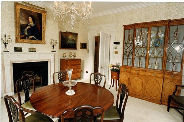 Bên trong dinh thự riêng chưa từng tiết lộ của kẻ thứ 3 bị ghét nhất nước Anh bà Camilla - vợ Thái tử Charles-2