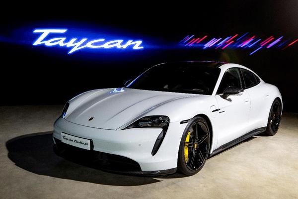 Xe thể thao thuần điện Porsche Taycan về Việt Nam từ ngày 10/10-4
