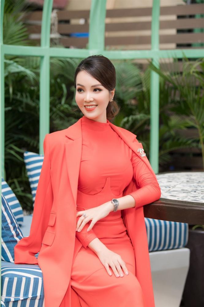 MC Thụy Vân: Tôi nhận được tin nhắn nhờ vả khi làm giám khảo cho Hoa hậu Việt Nam 2020-4