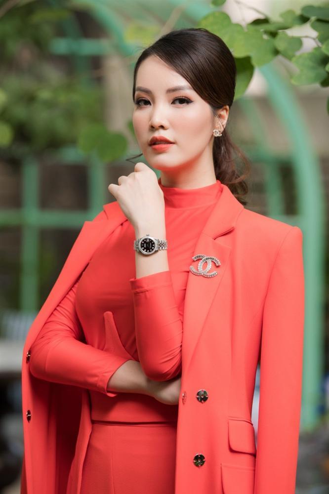 MC Thụy Vân: Tôi nhận được tin nhắn nhờ vả khi làm giám khảo cho Hoa hậu Việt Nam 2020-6