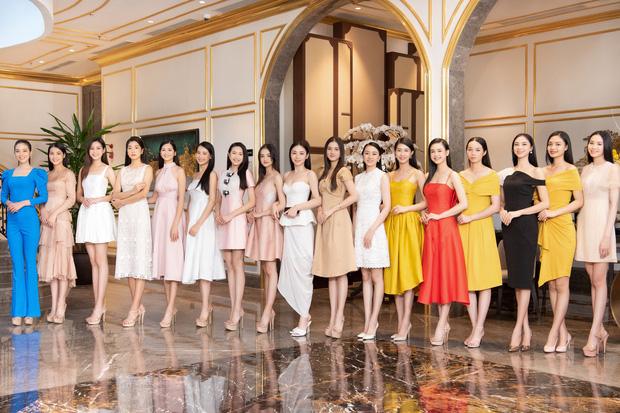 BTC chính thức hé lộ 2 bản vẽ vương miện của Hoa hậu Việt Nam 2020 trước thềm chung kết-3
