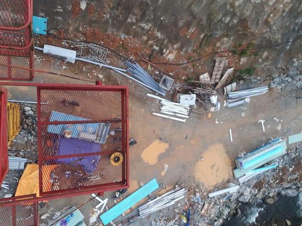 Ảnh: Cận cảnh bên trong khu vực nhà điều hành thủy điện Rào Trăng 3 bị lũ quét vùi lấp-2