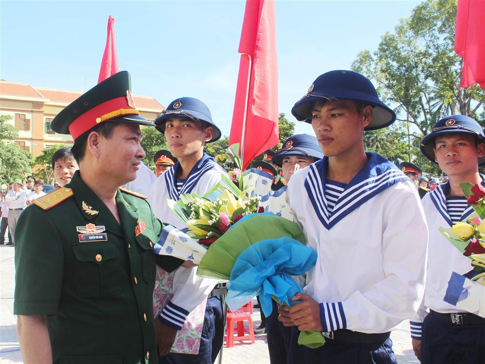 Đất mẹ Quảng Bình khóc thương tướng Nguyễn Văn Man-1