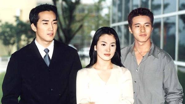 Song Hye Kyo có thể là người phụ nữ thất bại trong cuộc hôn nhân với Song Joong Ki nhưng chắc chắn là nữ hoàng chạm tay hóa vàng của showbiz Hàn-2