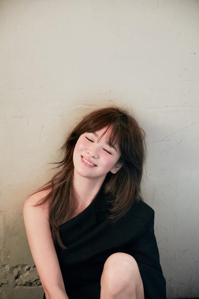 Song Hye Kyo có thể là người phụ nữ thất bại trong cuộc hôn nhân với Song Joong Ki nhưng chắc chắn là nữ hoàng chạm tay hóa vàng của showbiz Hàn-4