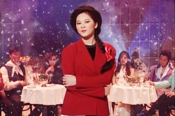 Ca sĩ Như Quỳnh nhan sắc thay đổi, làm mẹ đơn thân ở tuổi 50-1