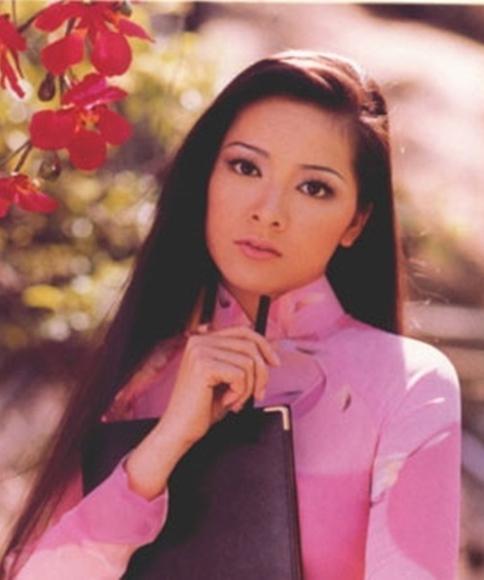 Ca sĩ Như Quỳnh nhan sắc thay đổi, làm mẹ đơn thân ở tuổi 50-4
