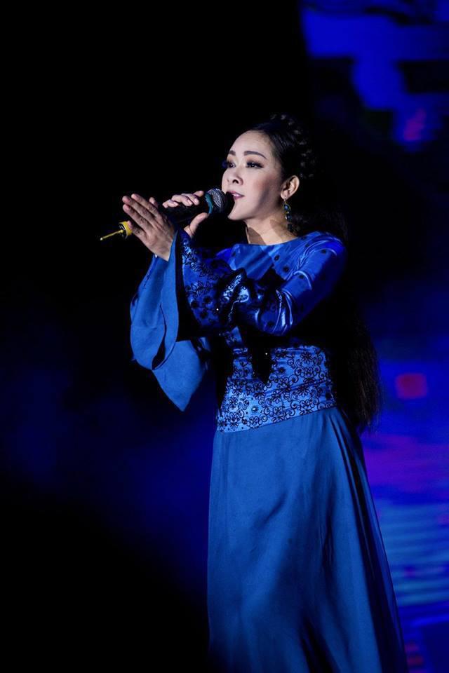 Ca sĩ Như Quỳnh nhan sắc thay đổi, làm mẹ đơn thân ở tuổi 50-10