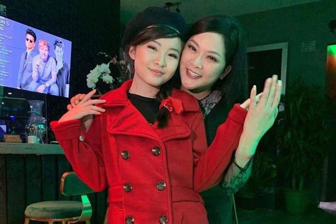 Ca sĩ Như Quỳnh nhan sắc thay đổi, làm mẹ đơn thân ở tuổi 50-13